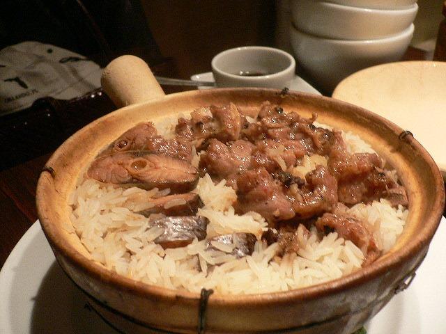 スペアリブとはむゆいの土鍋ご飯