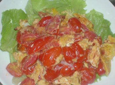 トマトのふわふわ玉子炒め