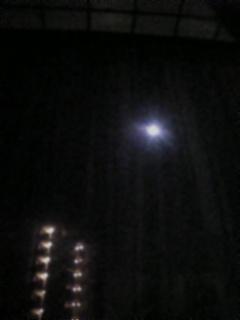ホテルから見えた満月