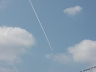 070421ひこうき雲