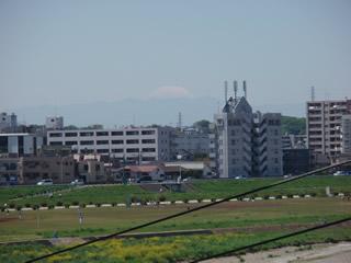 070429ニコタマから富士山