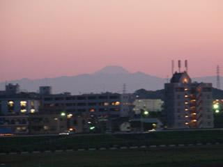 070429ニコタマから富士山夕暮れ